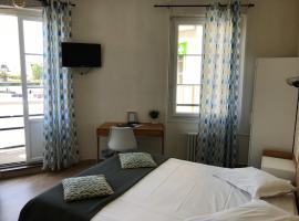 Hôtel L'Estran, hotel near Trouville Beach, Trouville-sur-Mer