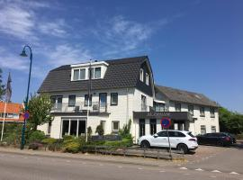 Boutique Hotel de Zwaluw, hotel near Texelse Golf, De Koog
