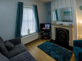 Home to Home, holiday home in Derry Londonderry