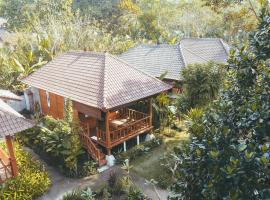 Kubu Alas Tunggal Villa, hotel in Sidemen