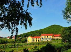Wohlfühlhotel Alte Rebschule, Hotel in der Nähe von: Kalmit, Rhodt unter Rietburg