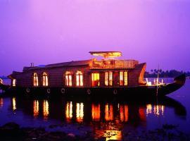 Soma Hamsam House Boat, boat in Alleppey