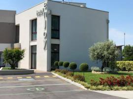 Hotel Enjoy, hotel em Polesella