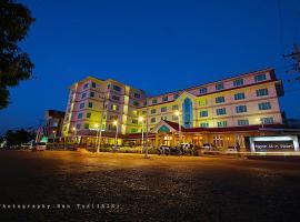 Ngwe Moe Hotel, hotel in Mawlamyine