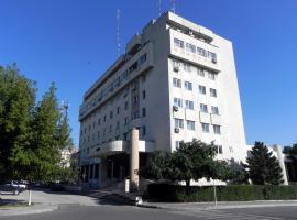 Hotel Calarasi, hotel din Călărași
