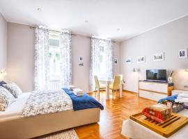 Lavender - City Room with free parking, luxury hotel in Pula