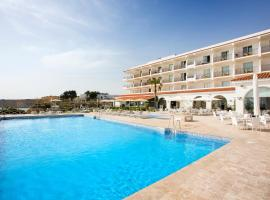 Hipotels Flamenco Conil, hotel cerca de Real Novo Sancti Petri Golf Club, Conil de la Frontera