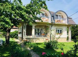 Villa Terrazza, hotel poblíž významného místa Golfclub Imperial Balaton, Balatongyörök