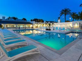 Hotel Playasol Cala Tarida, hotel near Cala Conta Beach, Cala Tarida