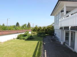 StayPlus Holiday Apartment With Patio, leilighet i Kristiansand
