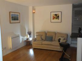 Rotherhithe apartment near park and river, hotel near Canada Water Tube Station, London