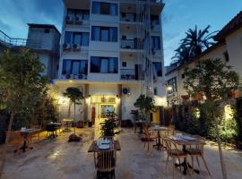 Patron Hotel, отель в Анталье