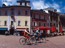 Bellinzona Piazza Collegiata, hotel in Bellinzona