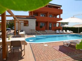 Hotel Natura Vilanija, hotel with pools in Umag