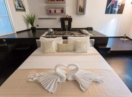 Rental in Rome Cosmopolitan hi-tech, hotel with jacuzzis in Rome