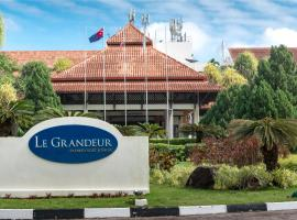Le Grandeur Palm Resort Johor, hotel near Senai International Airport - JHB,
