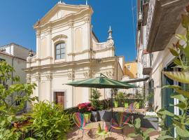 Roof Garden, hotel near Castello di Arechi, Salerno
