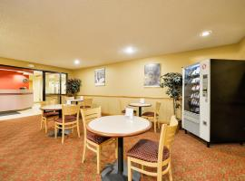 Americas Best Value Inn - East Syracuse, hotel near Syracuse Hancock International Airport - SYR,