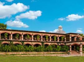 Hacienda San Vicente, hotel in Flores