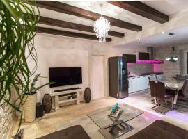 Apartment Diamond, budget hotel in Lumbarda