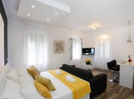 Studio Apartman Fictilis, apartment in Split