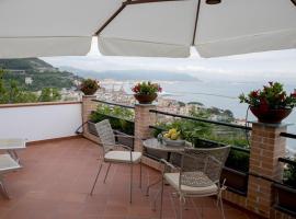 L'incanto Amalfi Coast, beach hotel in Vietri