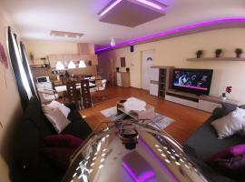 Sarok Apartmanház, hotel a Hagymatikum Fürdő környékén Makón
