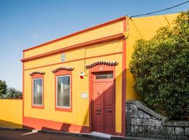 A Casa Amarela, hotel em Capelas