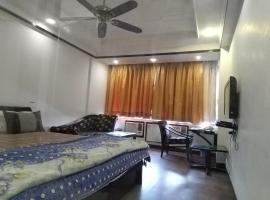 The Meera, hotel in Kānpur