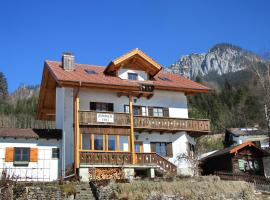 Gästehaus ALPENROSE, ski resort in Ettal