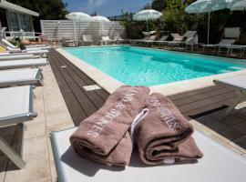 Hotel Villa Serena, hotell i Castellammare di Stabia