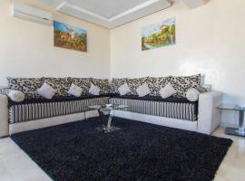Res Mario 3 Lovely Apartment With Balcony & Sea View Free Wifi, hotel near Hassan II Mosq, Casablanca