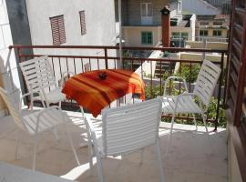 Apartments by the sea Vela Luka, Korcula - 4449, hotel in Vela Luka