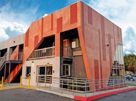 Epic Hotel, hotel near Sunset Strip, Pico Rivera