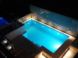 Apartments Villa Tanja, hotel with pools in Trogir