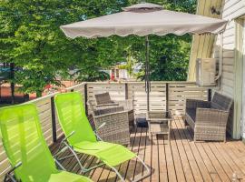 Cabin Family Room with Balcony, sted med privat overnatting i Pärnu