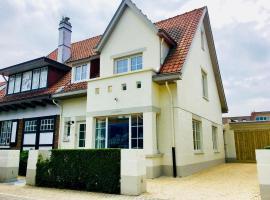 Luxury Villa in De Haan near Sea Beach, vakantiehuis in De Haan