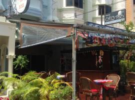 Pension Zum Ross, hotel in Karon Beach