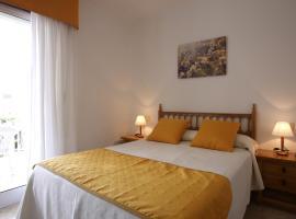 Hostal San Roque, hotel en Portonovo