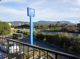 Americas Best Value Inn Thousand Oaks, motel in Thousand Oaks