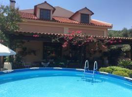 Rafina great feeling villa, pet-friendly hotel in Rafina
