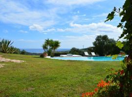 Sa Rezzetta, hotel with jacuzzis in Golfo Aranci