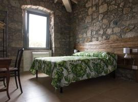 Casale 1541, country house in Bolsena