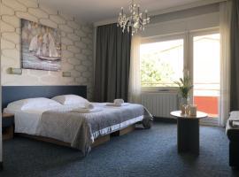 Rooms Ana, hotel in Split