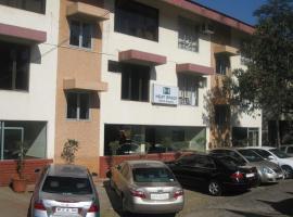 Neatspace Hotel, hotel in Lonavala
