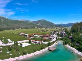 Ferienwohnung Karlingerhof, pet-friendly hotel in Achenkirch