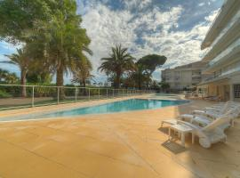 1BR nice apartment with terrasse-sea view-swimming-pool/beach- by IMMOGROOM, hotel with pools in Cannes