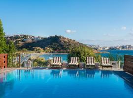 Agios Nikolaos Beach Villa, hotel with pools in Agios Nikolaos