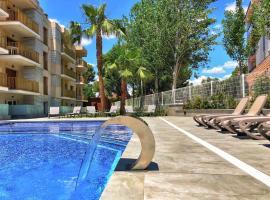 Rentalmar Pins Marina, hotel en Cambrils