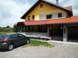 Apartments & Rooms Ramljak, guest house in Korenica